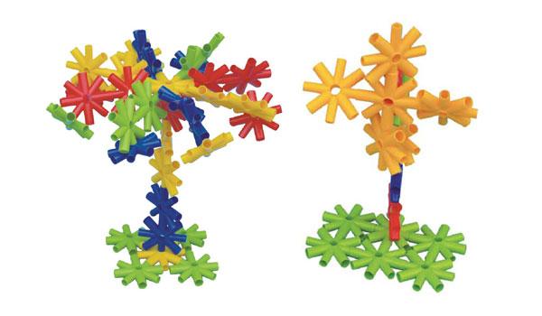 幼儿搭建积木矢量图